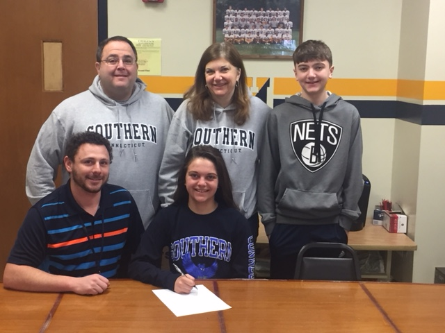 Senior Athlete Commits to Southern Connecticut University for Swimming